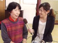 「とっしげ会は皆が笑顔になれる会」と話す同会代表者の四元さん(左)と藏薗千尋レポーター