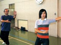 鹿児島県太極拳連盟の前田理事長(写真左)と和田由樹健康リポーター(写真右)